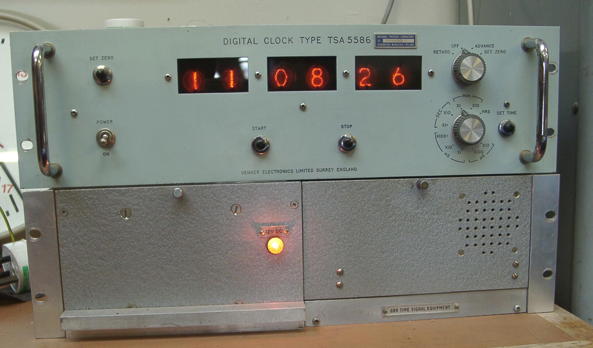 310 Venner Atomic Clock & GBR TS Equip